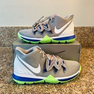 NEW Nike Kyrie 5 Basketball Shoes Grey Multi Color